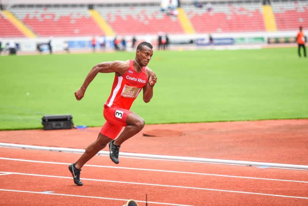 Nery Brenes 200 meter dash