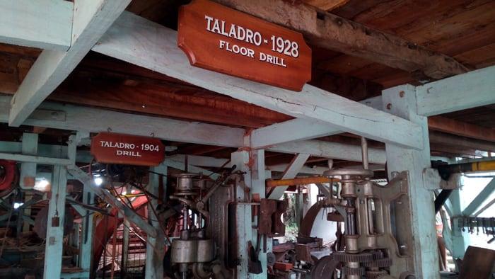 Inside the Eloy Alfaro factory.