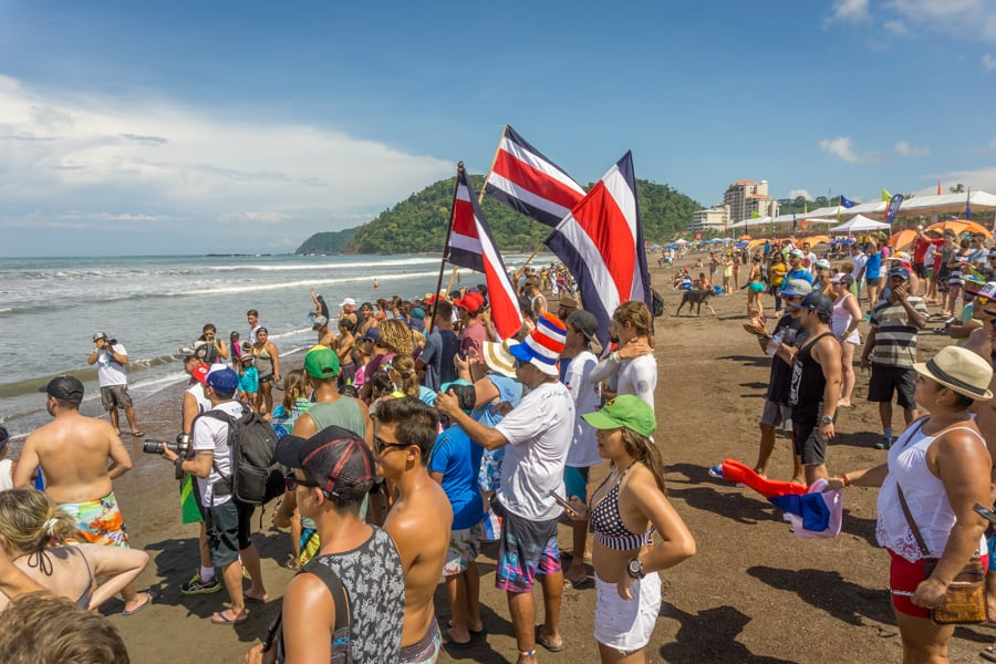 Costa Rica fans on beach