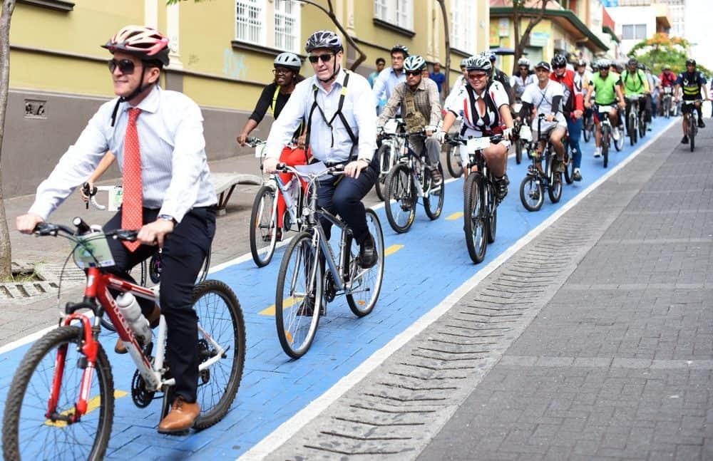 European Ambassadors riding along a bike path in San José. June 18, 2016.