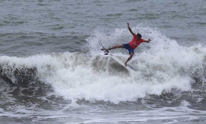 The Essential Costa Rica Pro Qualifying Series of the World Surf League got underway Sunday in Playa Hermosa.