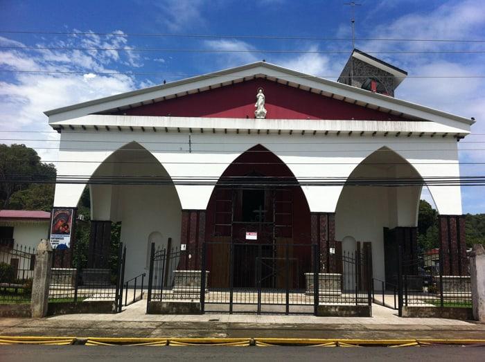 Catholic church in central Quepos.