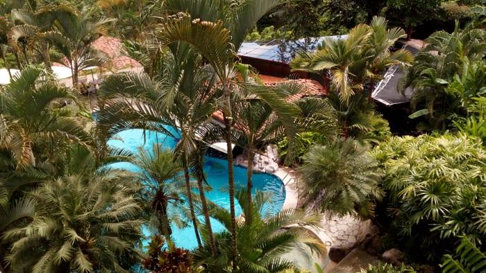 Swimming pool at Sí Como No.
