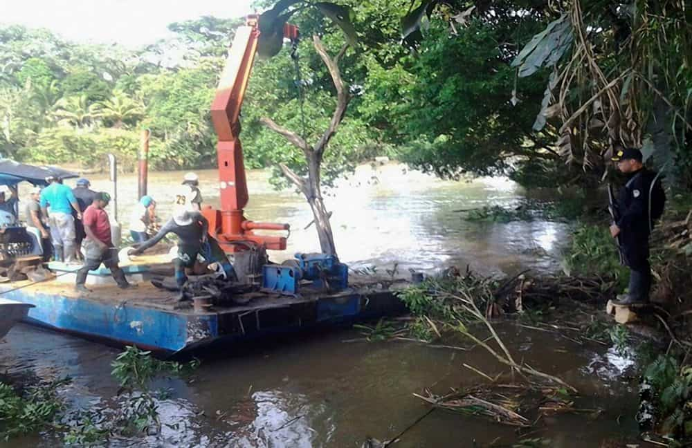 Dredging efforts at the Costa Rica - Nicaragua border.