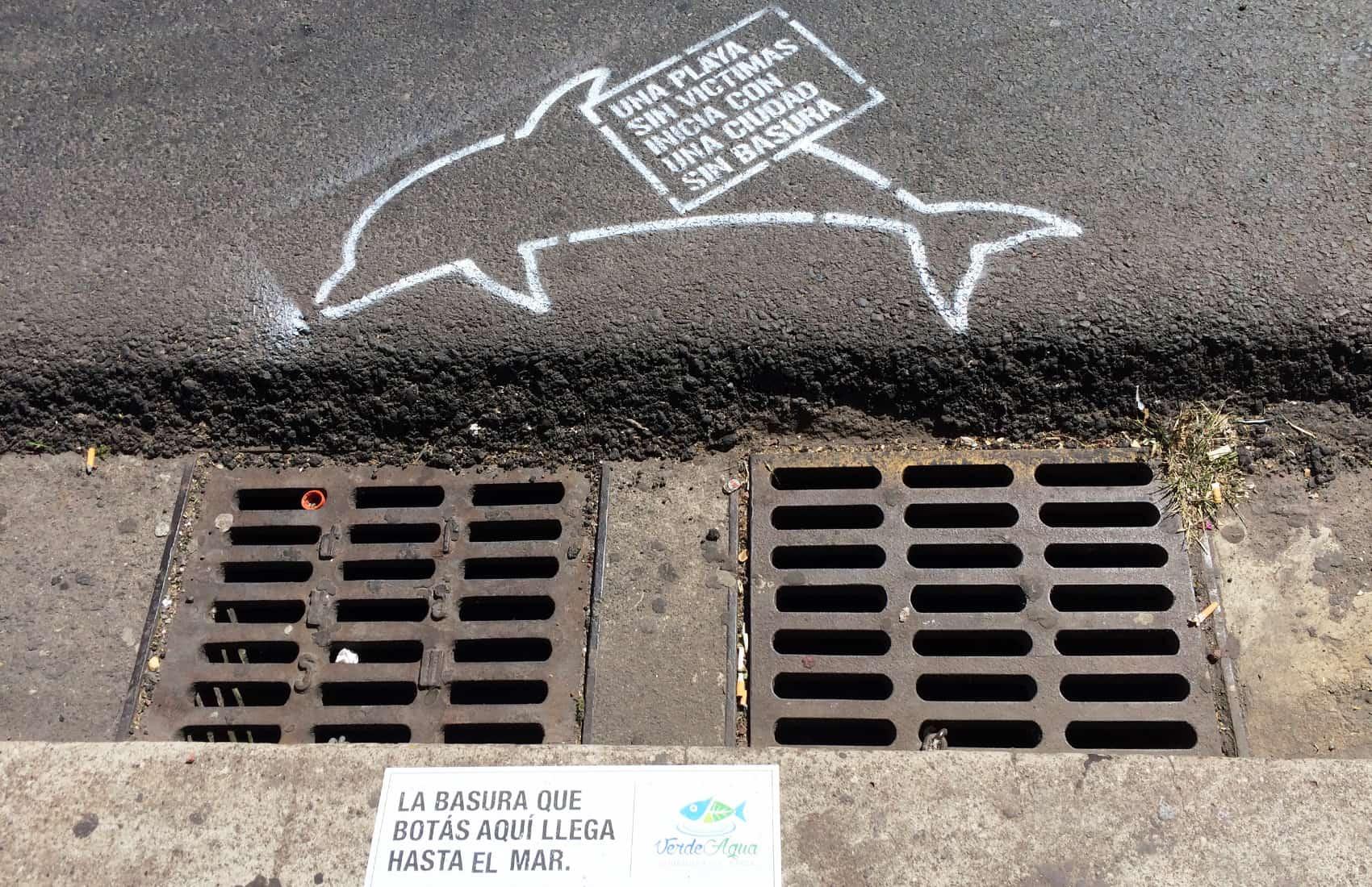 Fundación Verde Agua awareness campaign in downtown San José. Jan. 19, 2017.