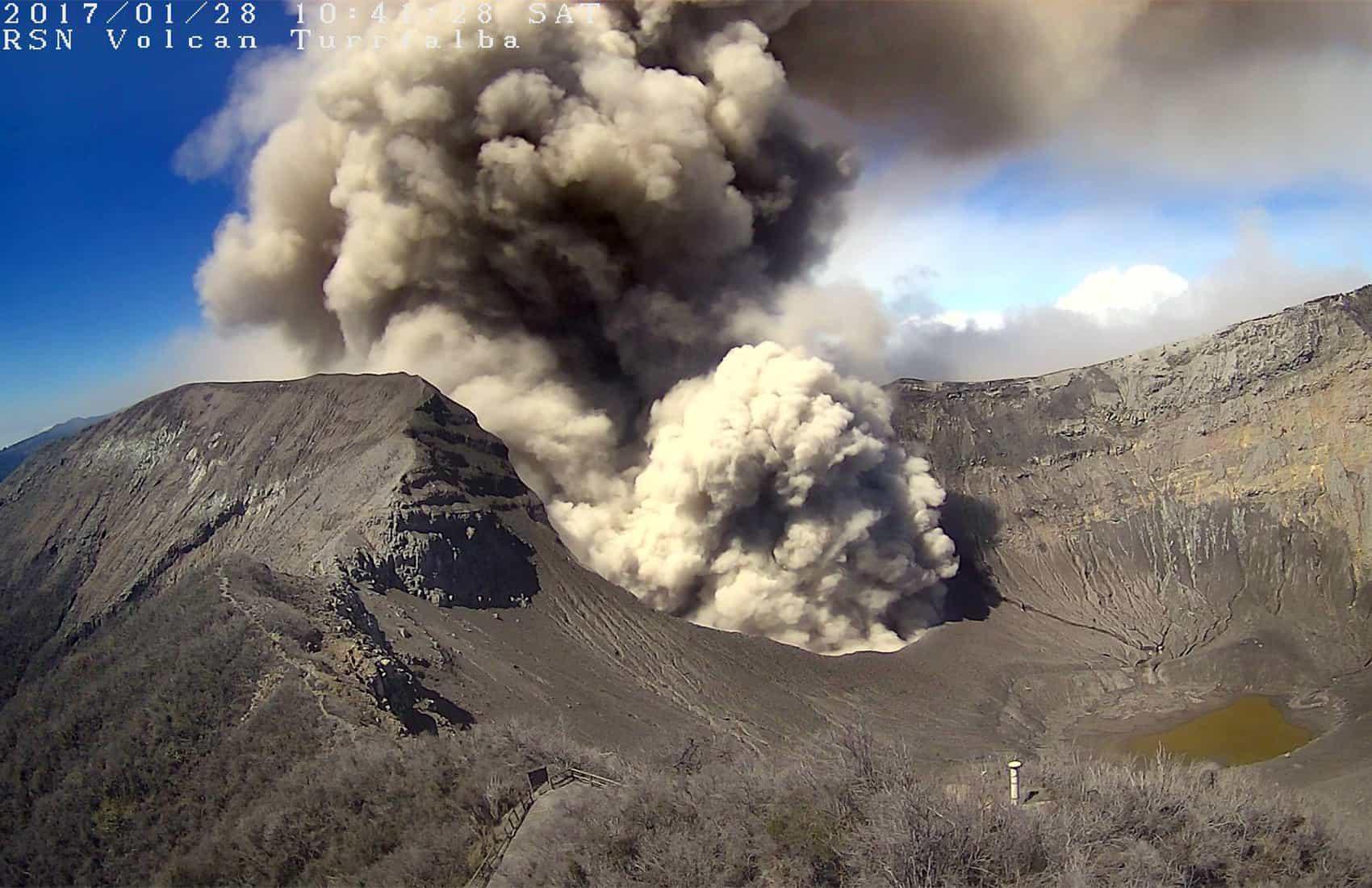 Vapor/Ash explosion at Turrialba Volcano. Jan. 28, 2017.