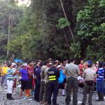 Alleged gold miners camp outside Corcovado National Park, demand compensation