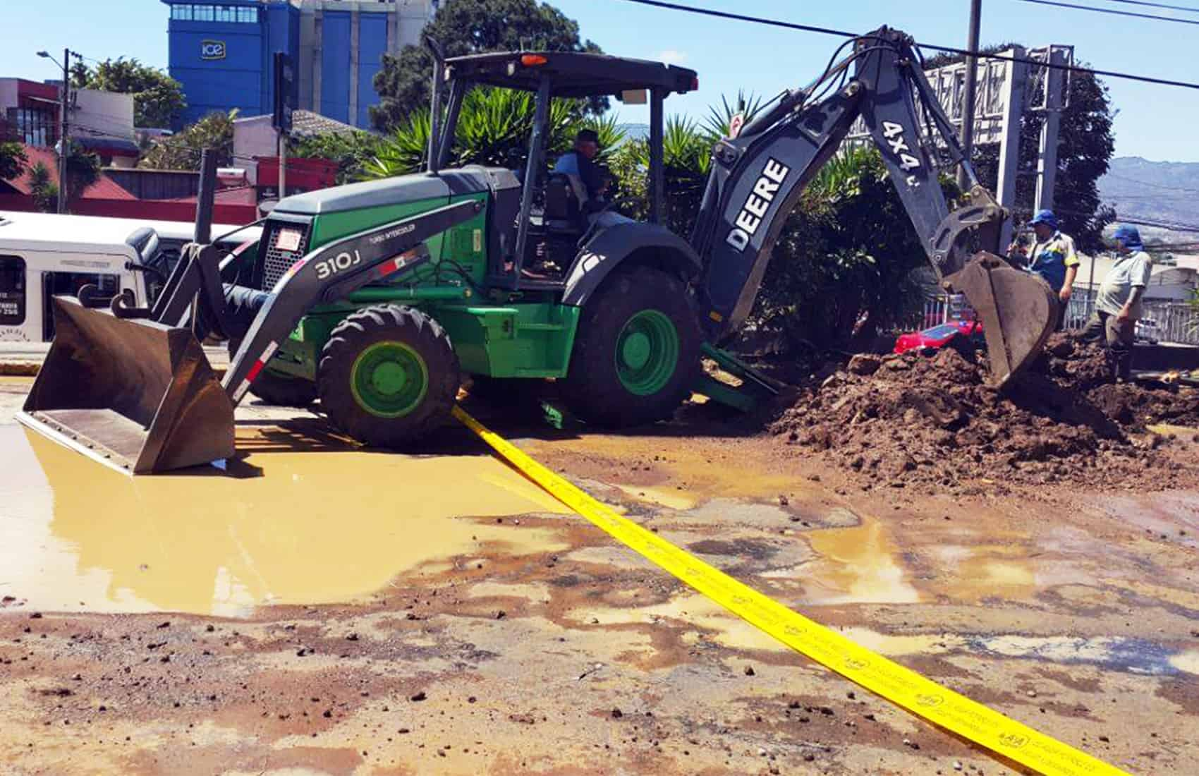 Sewer repairs in San José