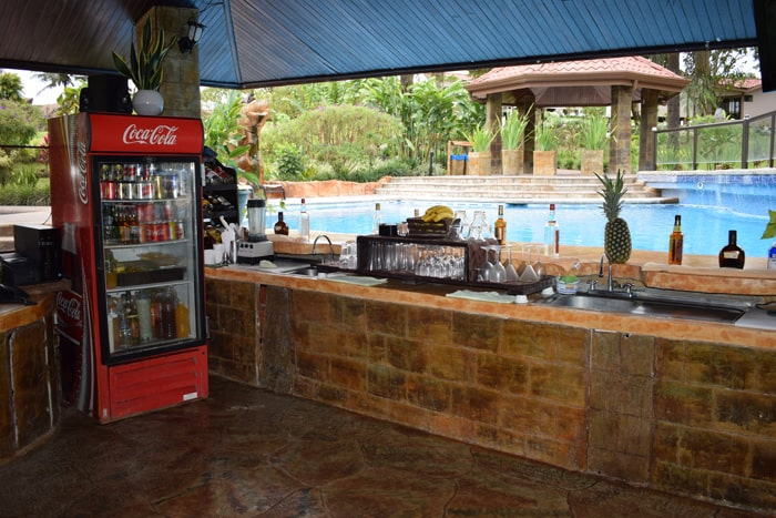 "Pool bar at Montaña de Fuego — you can't spell ""fun"" without U."