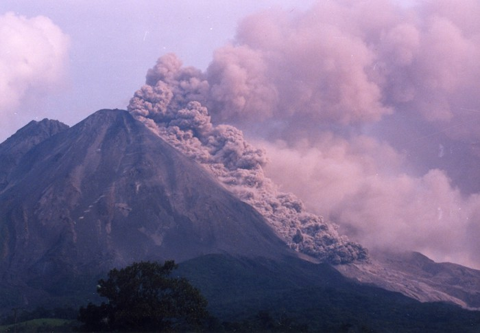 "A pyroclastic flow from Arenal, a ""boiling cloud"" that kills just about everything in its path."