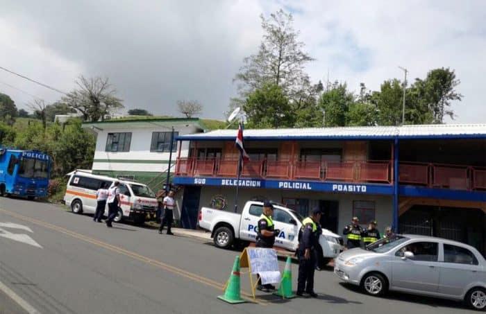 Police blockades at Poasito.