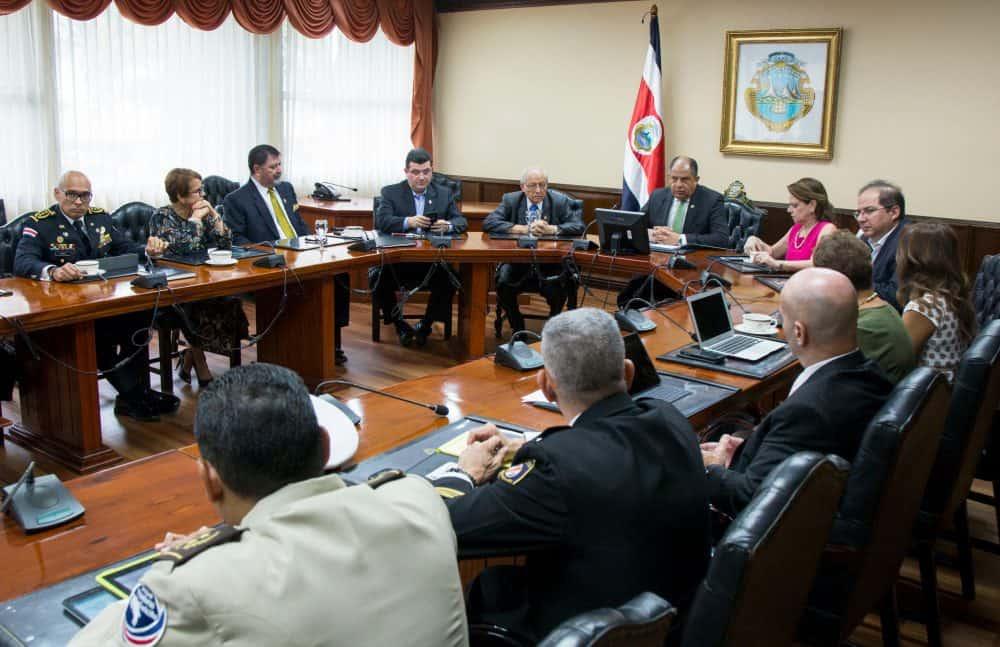 Public Security meeting at Casa Presidencial. May 17, 2017.