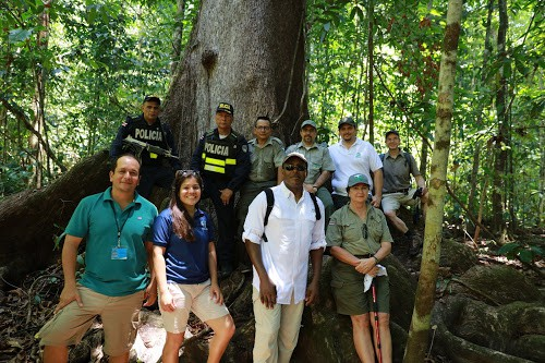 Ambassador Haney during his visit at the Corcovado park.