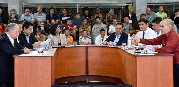 Costa Rican presidential candidates debate on Nov. 2, 2017 at La Reforma prison