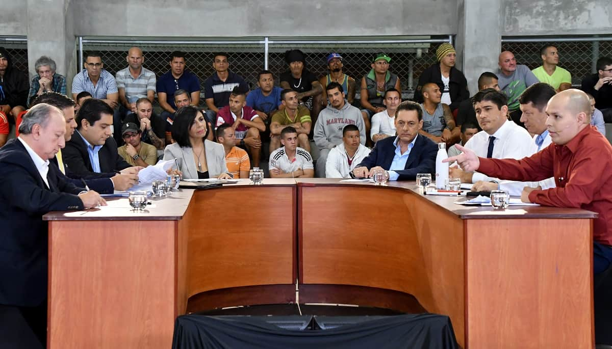 Costa Rican presidential candidates debate on Nov. 2, 2017 at La Reforma prison