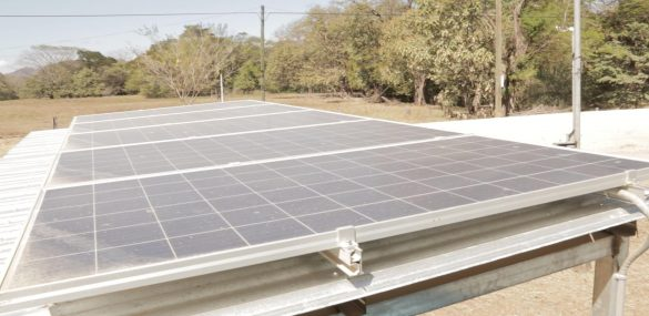 Solar panels for rural water distribution in Costa Rica