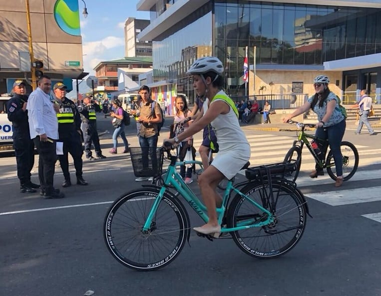 Legislative Assembly President Carolina Hidalgo bikes to Costa Rica's presidential inauguration on May 8, 2018.