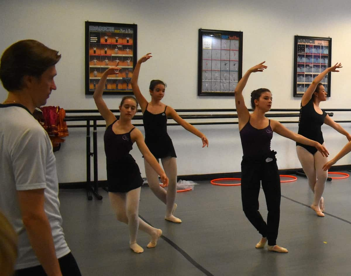 Dancers from a U.S. company will benefit a Costa Rican nonprofit.